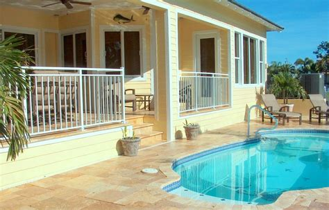 10 bedroom beach vacation rentals available thanksgiving week beautiful homeaway key