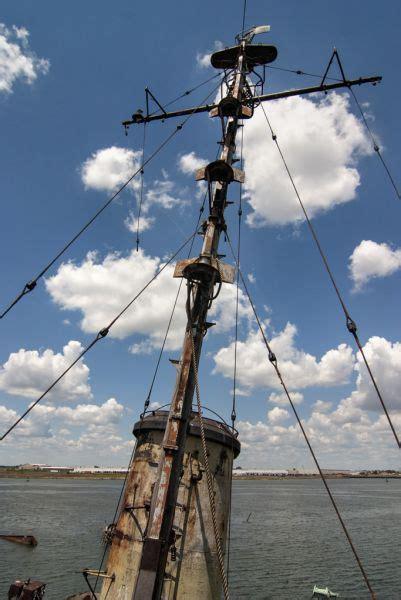 antenna photo of the abandoned staten island boat graveyard