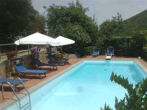 country cottages with pools 4 bedroom farmhouse pet friendly in lucca 412601