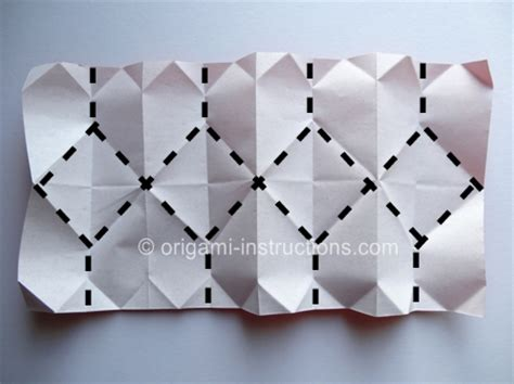 How To Make A Paper Accordion - origami accordion folding