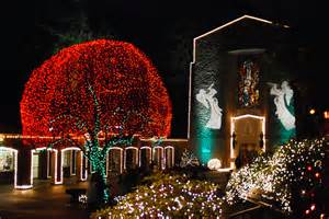 christmas light limo and party bus tours in portland oregon