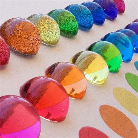 colored epoxy resin ways to color resin jewelry craftin resin