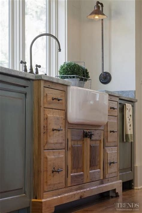 kitchen sink furniture 35 cozy and chic farmhouse kitchen d 233 cor ideas digsdigs