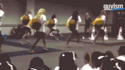 best cheerleader fails 14 cheerleader fails that will cheer you up yay team