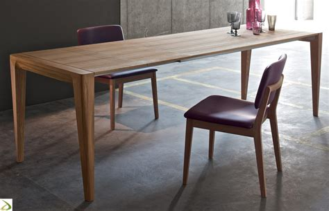 soggiorno con tavolo tavolo design in legno tinner arredo design