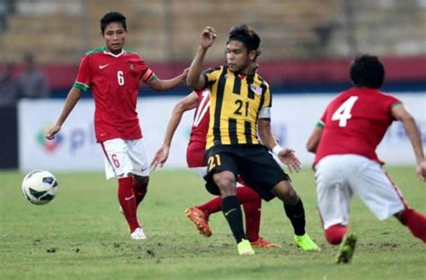 detik bola indonesia dunia sepak bola indonesia masih kalah dengan malaysia