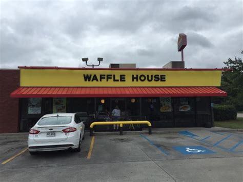 waffle house adairsville ga waffle house american restaurant i 75 in adairsville ga tips and photos on citymaps