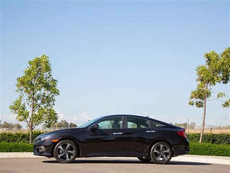 kelley blue book best buys of 2016 small suv 6 2016 honda civic buyer s guide kelley blue book