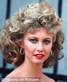 make your hair look like olivia newton john age defying olivia newton john looks sensational at sixty