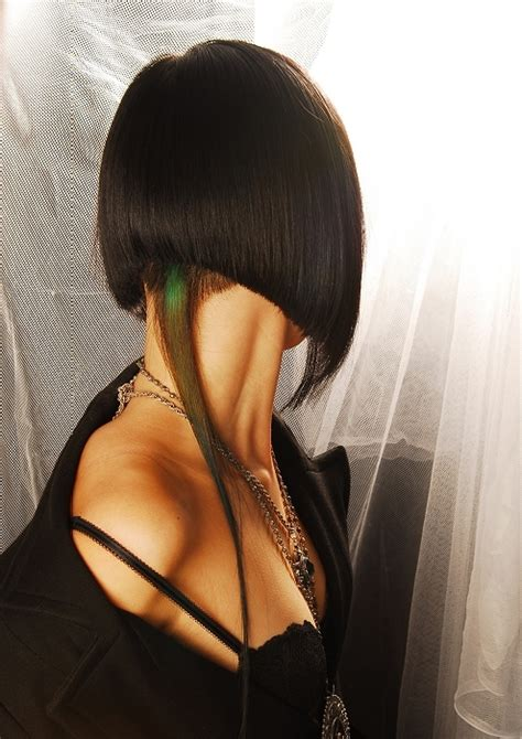 dramatic short back long front bob 10 inverted bob haircut learn haircuts