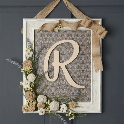 Handmade Photo Frames Ideas - framed monogram wreath unique decor ideas diy home