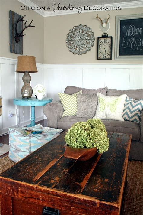 farmhouse chic living room chic on a shoestring decorating my farmhouse chic living