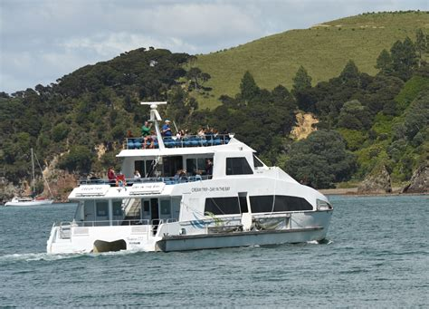 lauren antola fullers greatsights bay of islands about the bay of