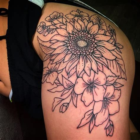 sunflower thigh tattoo 25 best ideas about flower hip tattoos on hip