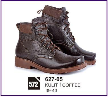 Sepatu Casual Kulit Sapi Asli Kr 5 U Pria Wanita Unisex Casual Boots sepatu boots pria kulit branded cibaduyut keren 083870688184 jual sepatu casual pria