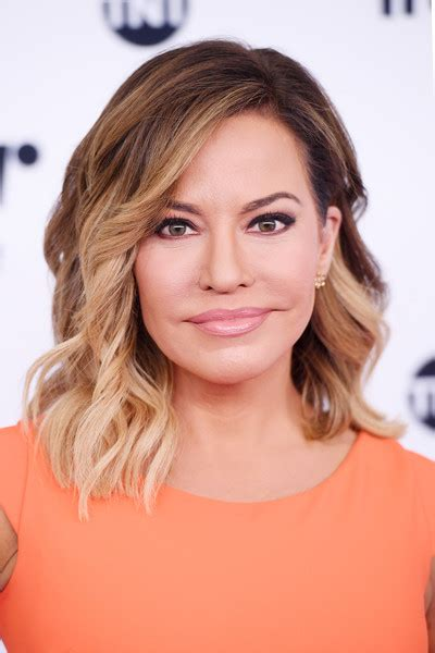is robin meade in for a new hair style is robin meade in for a new hair style robin meade