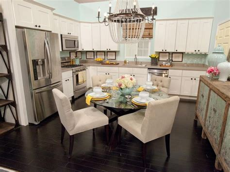 kitchen dining room combo best 20 kitchen dining combo ideas on pinterest small kitchen family room combo chandelier