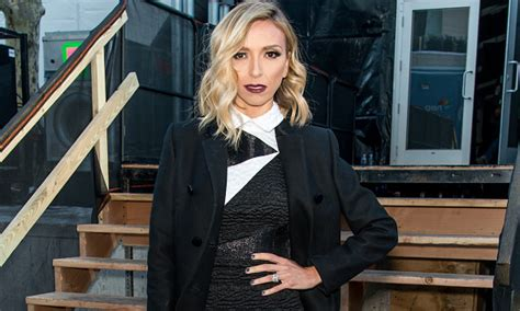 giuliana rancic thinning hair giuliana rancic opens up on criticized appearance i am