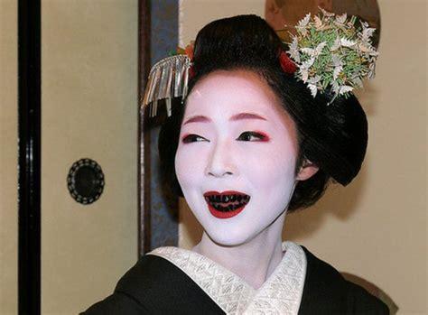 black teeth strange facts people in japan used to dye their teeth black