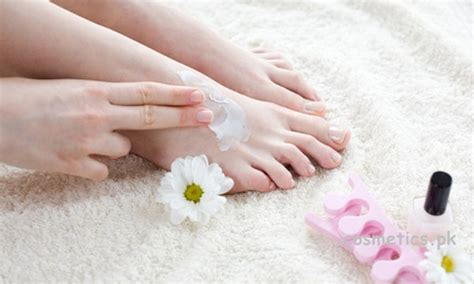 Steps To A Great Home Pedicure by How To Do Pedicure Easily At Home