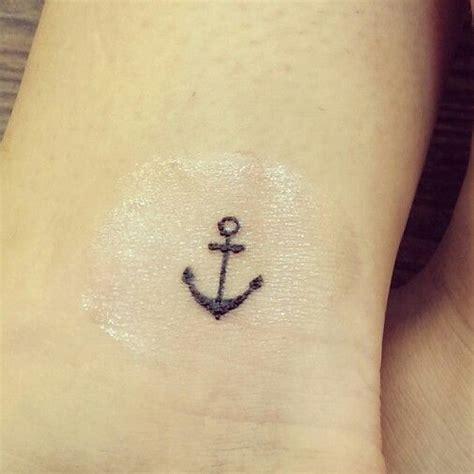 34 simple anchor tattoos