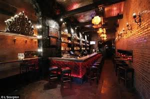 top 10 bars in hollywood mom to be kristen bell sues hollywood tequila bar for