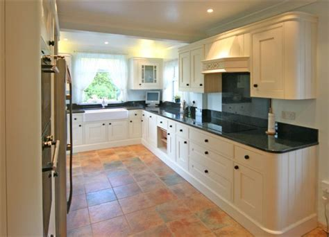 Kitchen Cabinets Uk by Traditional Design 187 F D Kitchen Solutions