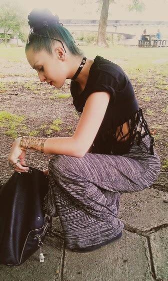 Katia Quilt Sling Bag Dagwood barter charity shop dress yru platforms forvever in a you ll never be alone