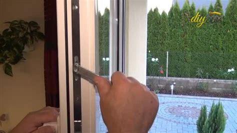 Aufkleber Entfernen Glasscheibe by Fenster Selbst Neu Einstellen