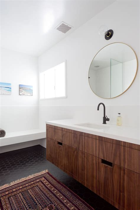 1000  ideas about Floating Bathroom Vanities on Pinterest