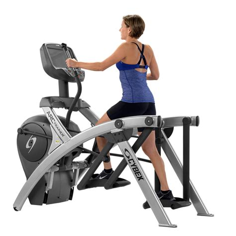 cybex launches 525 cardio series for hospitality