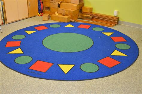 circle time rug inside the classroom circle time