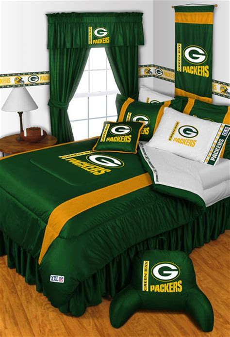 green bay packers bedroom nfl green bay packers bedding and room decorations
