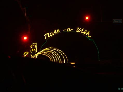des moines christmas lights jolly holiday lights festivals 2201 george flagg pkwy