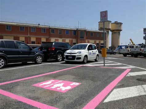 porto civitavecchia parcheggio civitavecchia arrivano i primi parcheggi rosa al porto