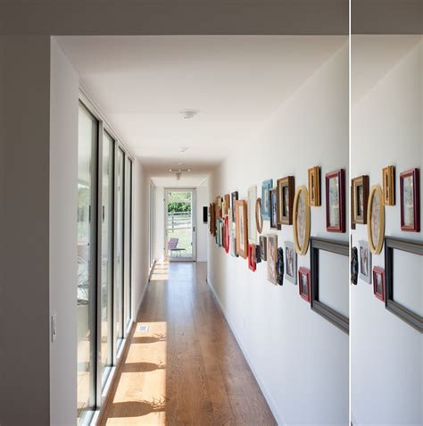 ideas   narrow wall  interior decorating rooms