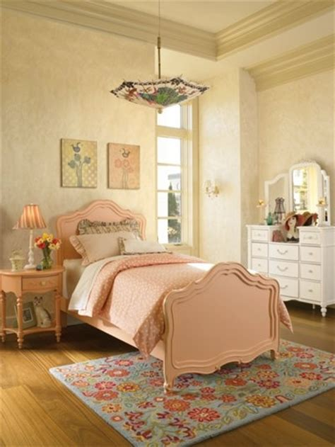 17 best images about peach bedroom on pinterest window 17 best images about where is young america on pinterest