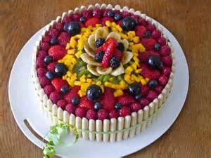 g 226 teau d anniversaire aux fruits mes recettes tout