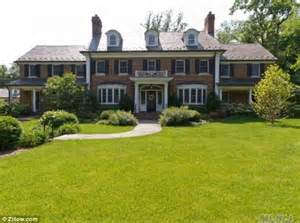 buy house in long island ny newly engaged carson daly to buy 6 5m estate in long island daily mail online
