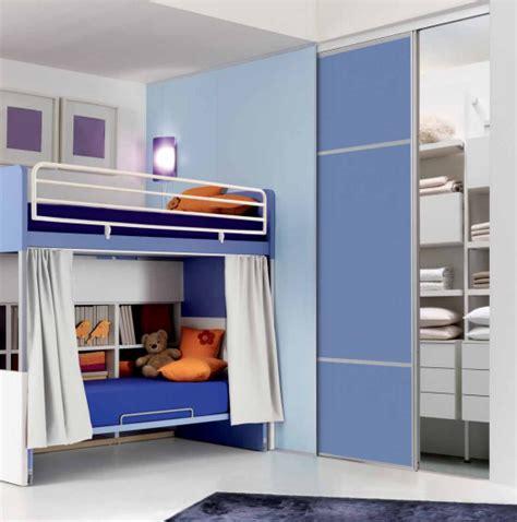 ante scorrevoli a soffitto cabine armadio a parete camere e camerette