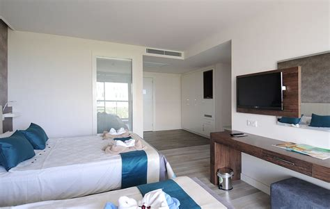 hotels family rooms for 4 family oda gold island hotel