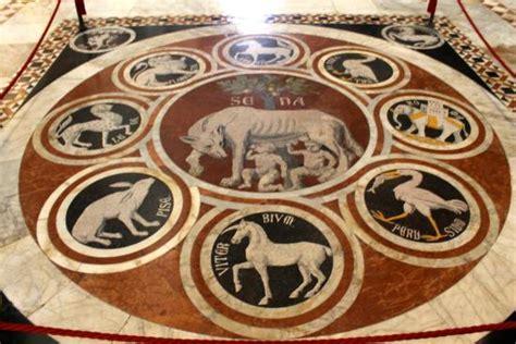 siena cattedrale pavimento pavimento della cattedrale mosaico foto di cattedrale