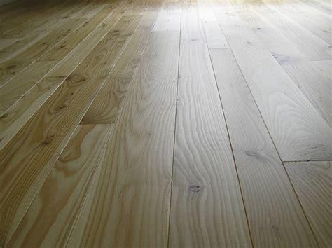 satin hardwood floor finish wood floor 3 coats of polywhey floor finish in satin on
