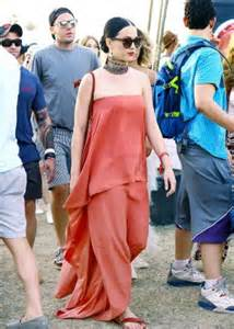 katy perry coachella 2015 katy perry in red dress at coachella music festival in indio