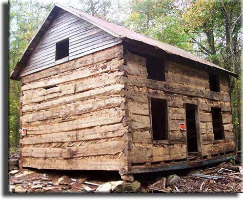 Chestnut Log Cabin 18th century original american chestnut log cabin for sale