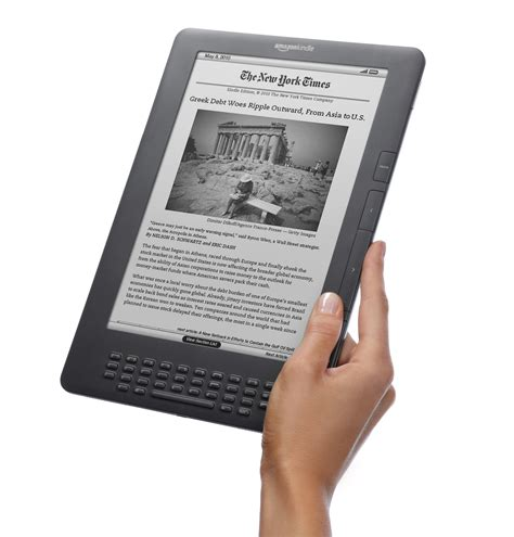 amazon kindle amazon brings the kindle dx back from the grave the