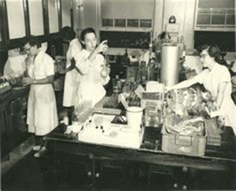Eloise Hospital Records Today S Picture Of Eloise Shows The Inside Of The Bakery Look At All The Bread They