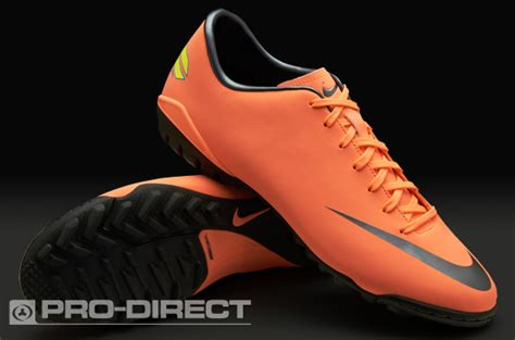 Sepatu Boots Di Pasar Rumput futsal and soccer sepatu sepak bola nike terbaru nike