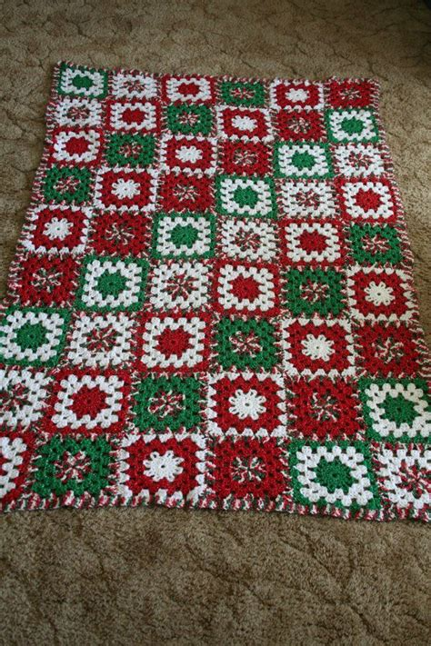 pattern christmas afghan 872 best images about christmas afghans on pinterest