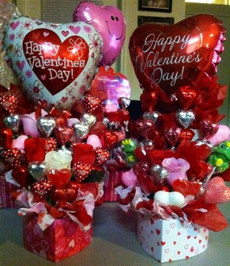 valentines gifts for 1000 ideas about valentines day baskets on
